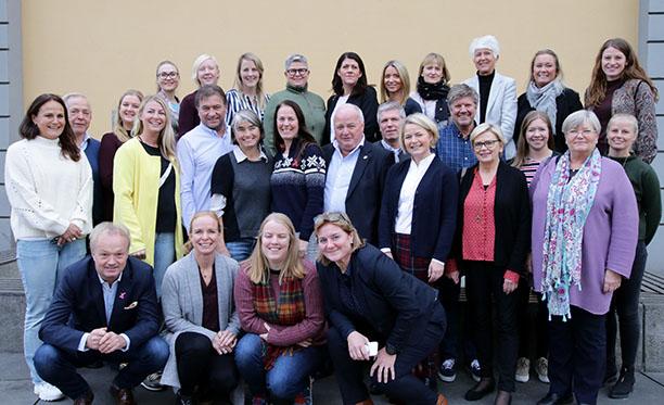 Søker etter kandidater til mentorprogram for kvinnelige ledere